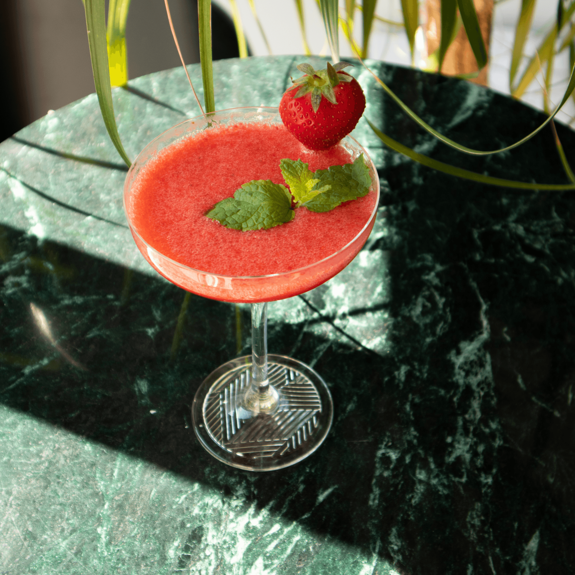 strong-cocktail-web.png